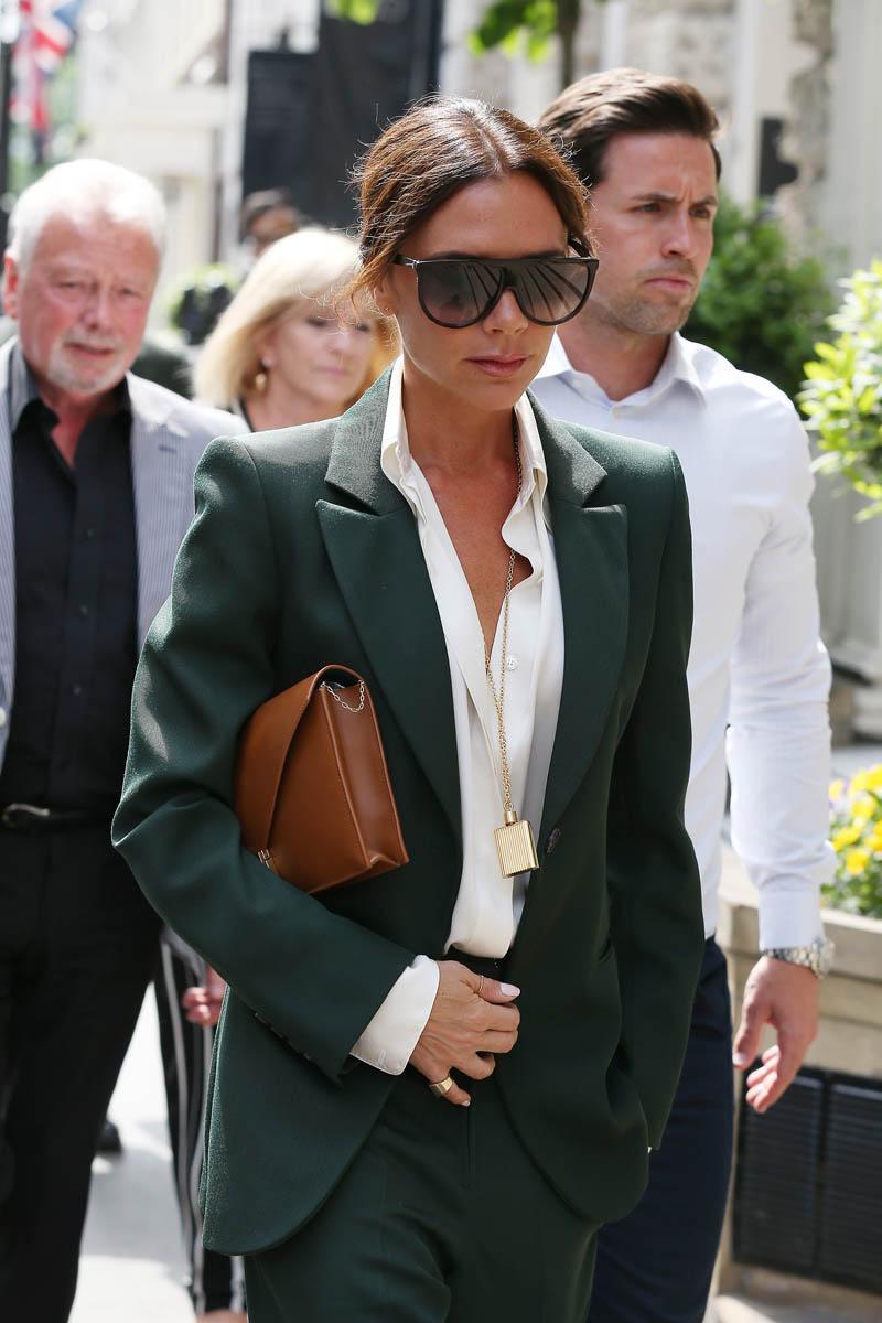 Vừa sở hữu thương hiệu thời trang đình đám, vừa vun vén hạnh phúc gia đình, nữ doanh nhân Victoria Beckham nói gì về cuộc sống của mình? - Ảnh 2.