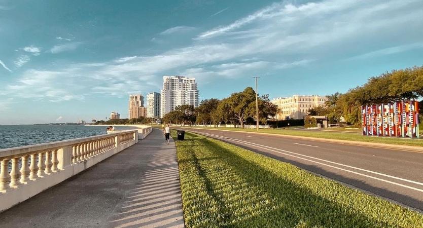 Bayshore Boulevard in Tampa, FL