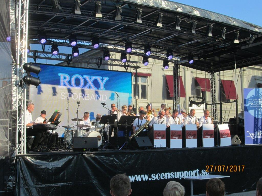 ROXY storband 003.jpg