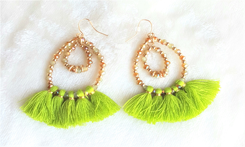 E:\Jay\Guest Post\SFAM\Pending Post\Attractive and Fabulous Earrings Gifts for your Love (1)\Fashionista Statement Ear Rings.png