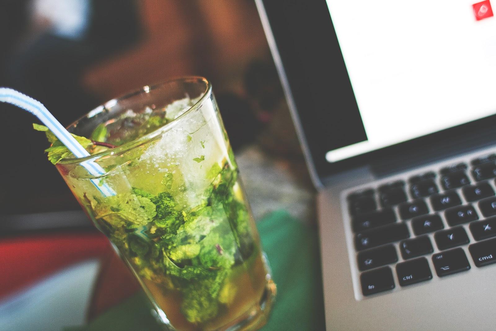 mojito-with-a-laptop-picjumbo-com.jpg