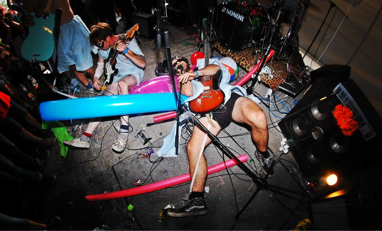 NEW SWEARS - Darryl Reid.jpg