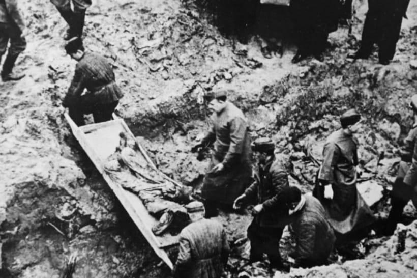 Эксгумация жертв Катыни, 1943