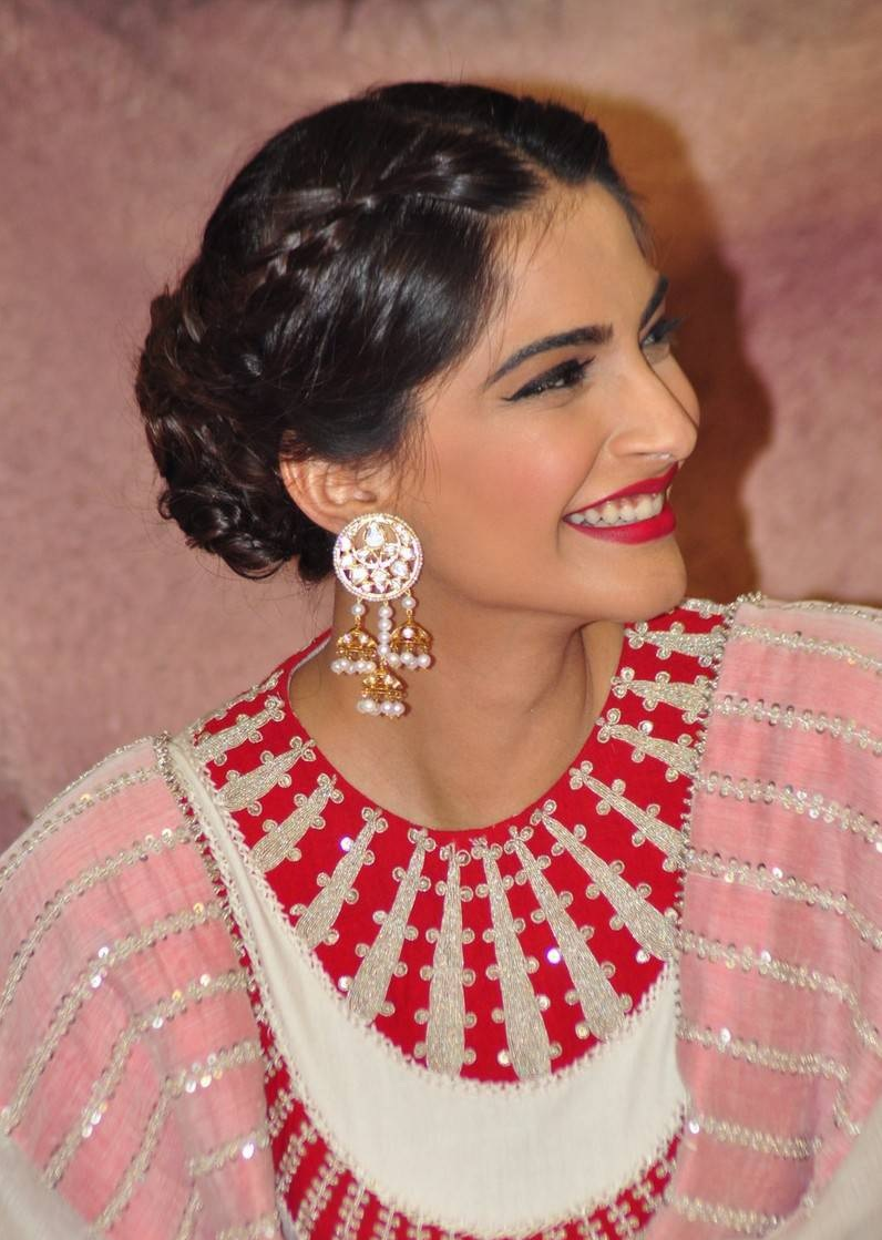 Sonam Kapoor in traditional ethnic