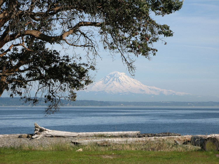 View of Mount Rainier from Blake Island between Seattle and Bremerton