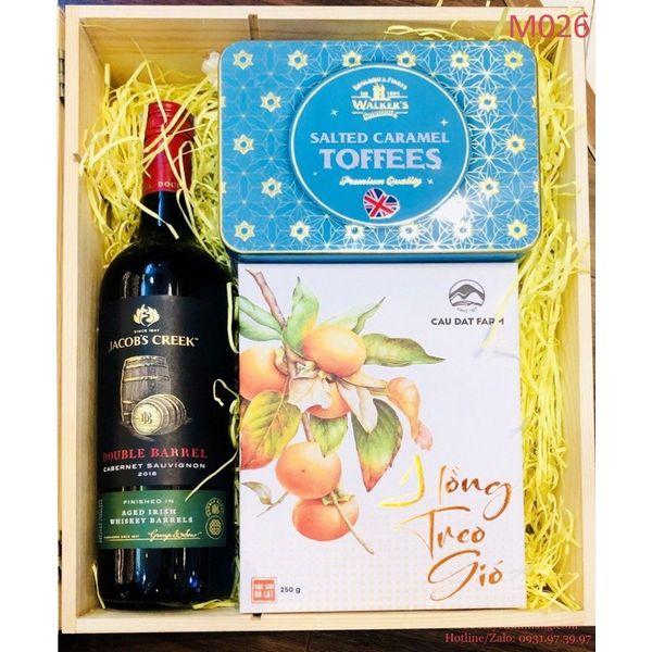 Đẳng cấp của hộp quà Tết Hamper tại Rượu Tây Chính Hãng