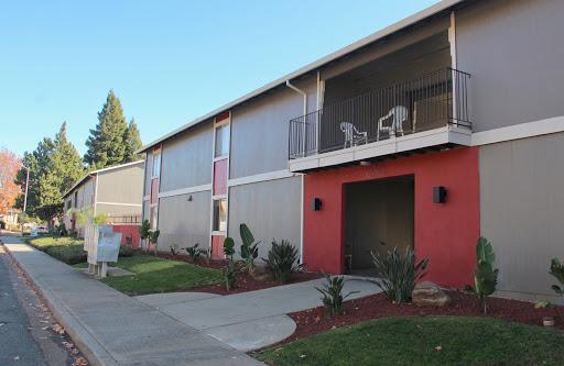 Jasmine Apartments - Apartment Building in Yuba City
