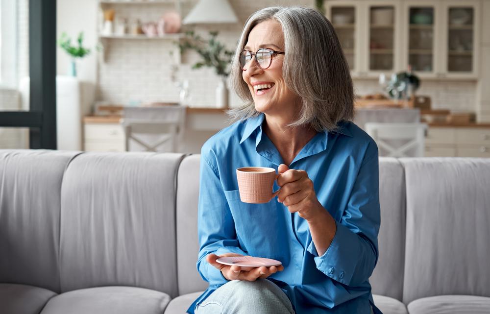 Café pode elevar risco da doença em casos específicos. (Fonte: Shutterstock)