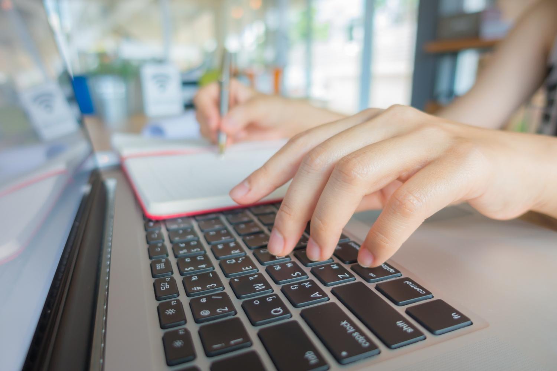 O lojista precisa do consentimento do usuário para usar seus dados e deve fazer uso apenas para aquilo que foi acordado, sob risco de sofrer penas e multas. (Foto: FreePik)