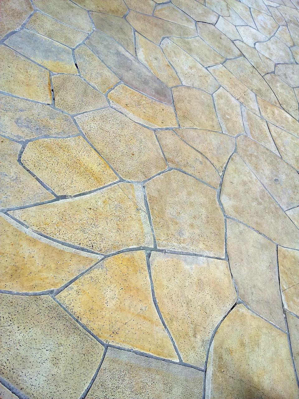 Wie viel Splitt unter Terrassenplatten?