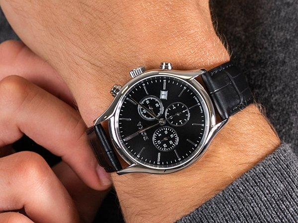 Zegarek na 18 urodziny do 1000 zł