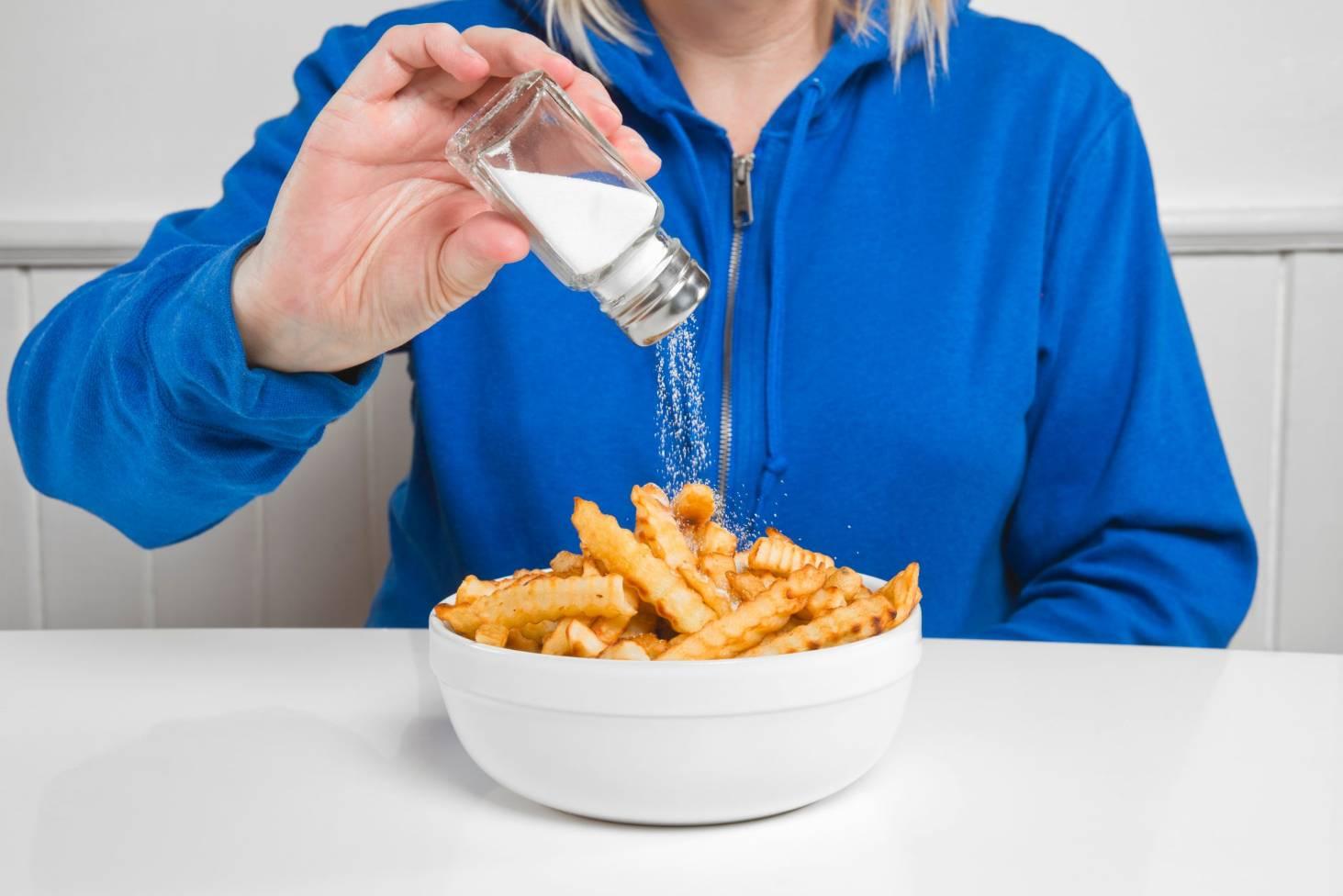 Chế độ ăn uống mất cân bằng, thiếu dinh dưỡng khiến 5 loại ung thư nguy hiểm dễ dàng tìm tới bạn - Ảnh 5.