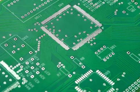 Solder resist thickness between LQFP pins