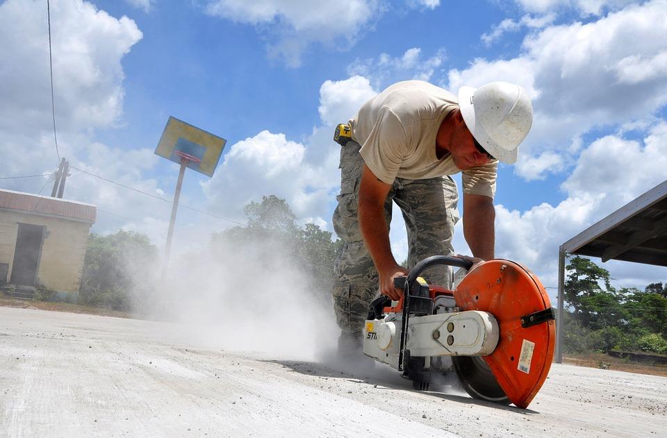 construction-646918_960_720.jpg