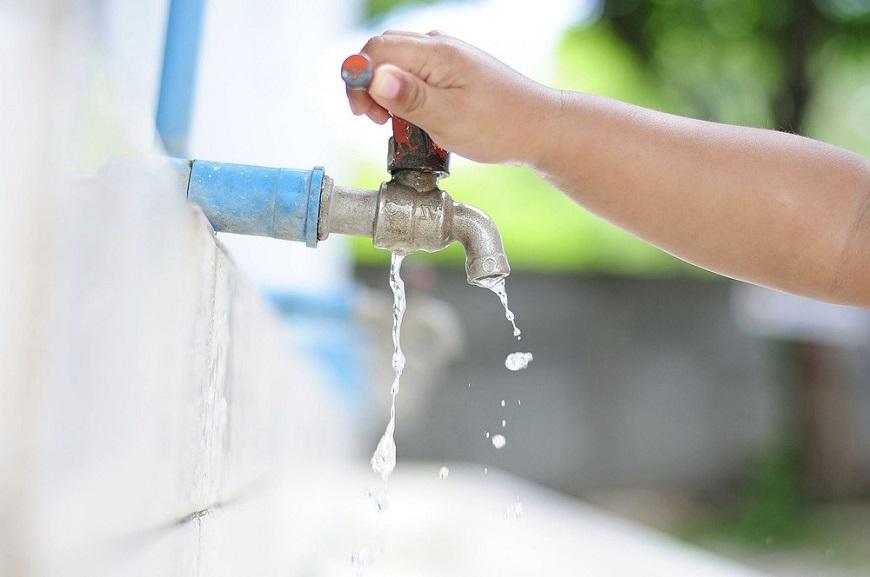 Lãng phí nguồn nước gây ảnh hưởng tới chi phí sinh hoạt