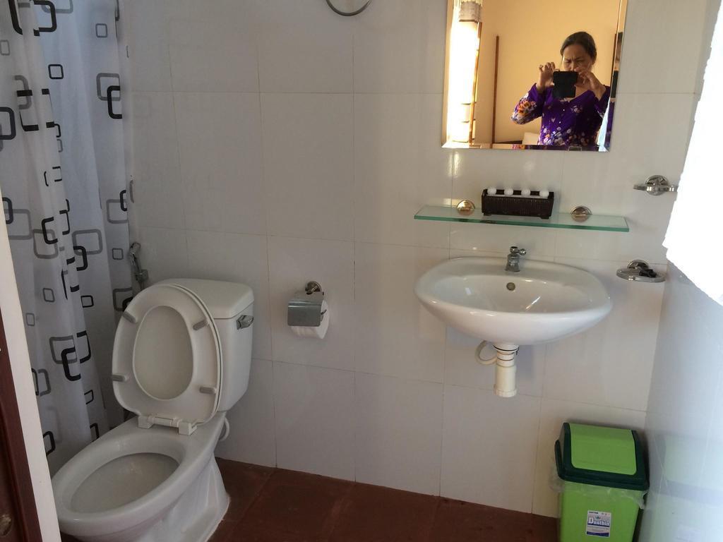 nhà tắm Sáu Thành Homestay
