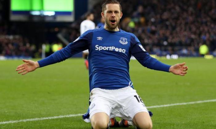 Confirmed: Everton star Gylfi Sigurdsson out for six to eight weeks with  knee injury – talkSPORT