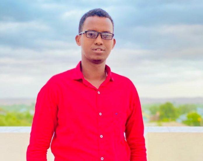 Hussein-Abdi-Jimale-RTN-TV-reporter-in-Beledweyne-696x552