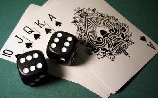 Tips Menang Bermain Judi Kartu Poker Online Terpercaya