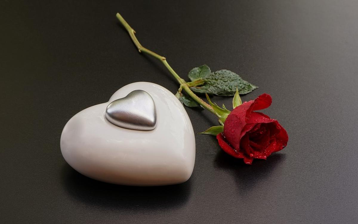valentine-trang-la-ngay-gi-y-nghia-cua-ngay-valentine-trang