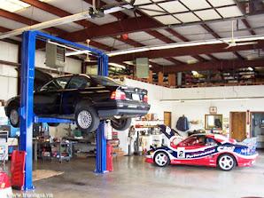 Gara sửa chữa ô tô