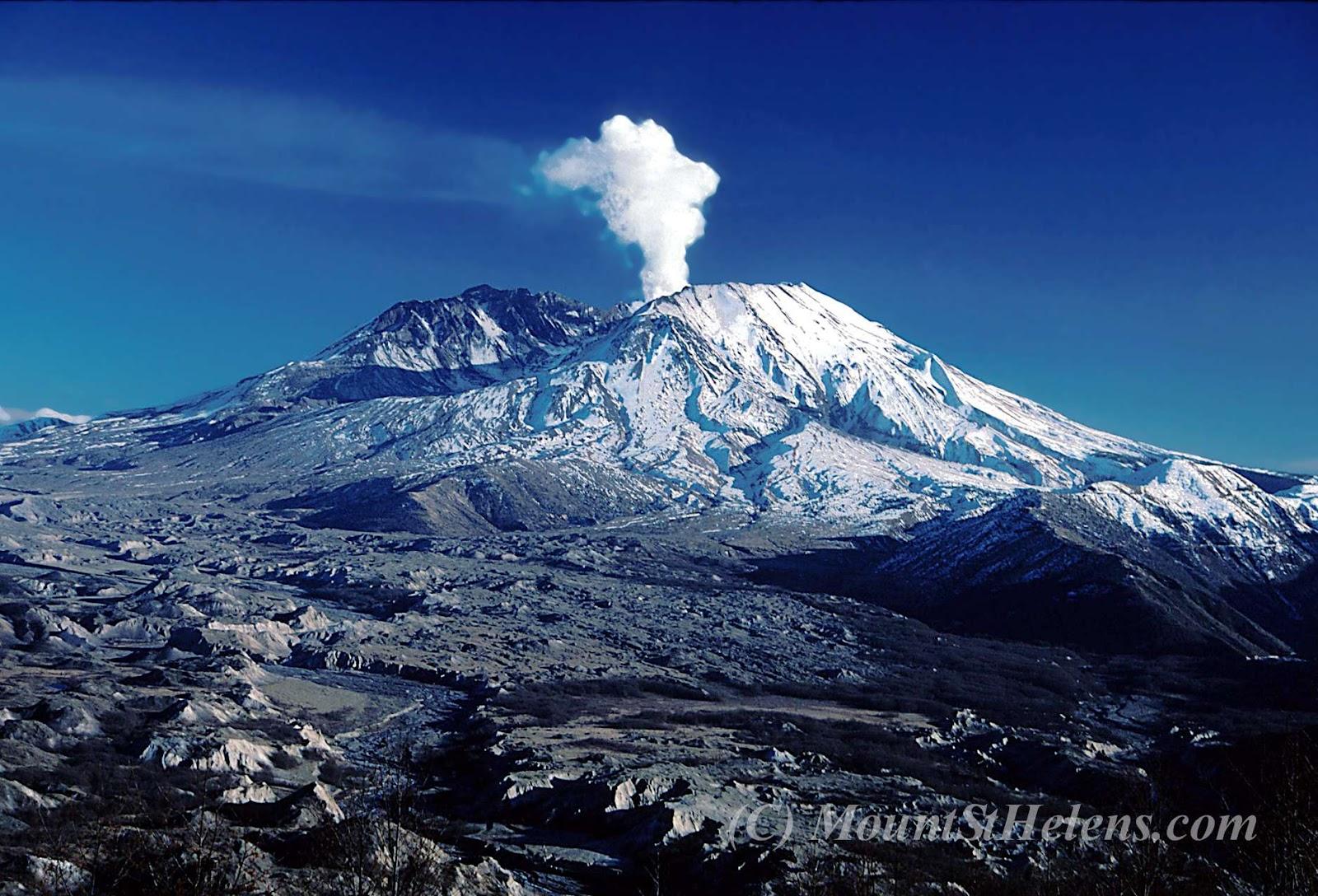Distant_Volcano_3-27-07.jpg