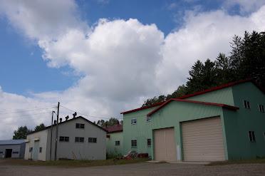 大きな倉庫
