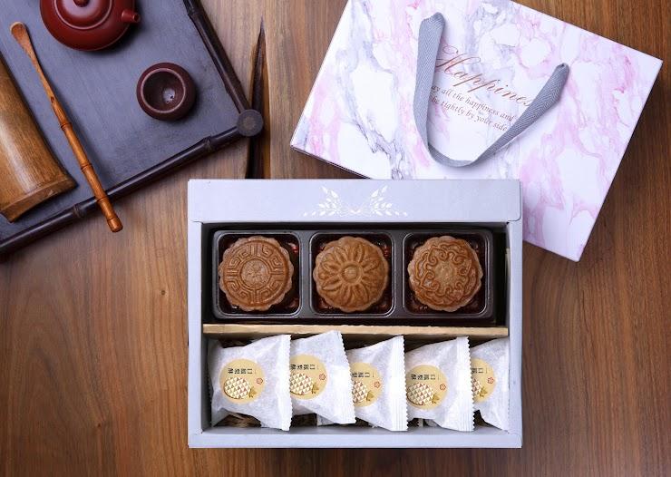 廣式月餅3入 + 一口鳳梨酥5入