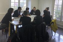 Les auditeurs échangent avec des lycéens sur la réforme du bac