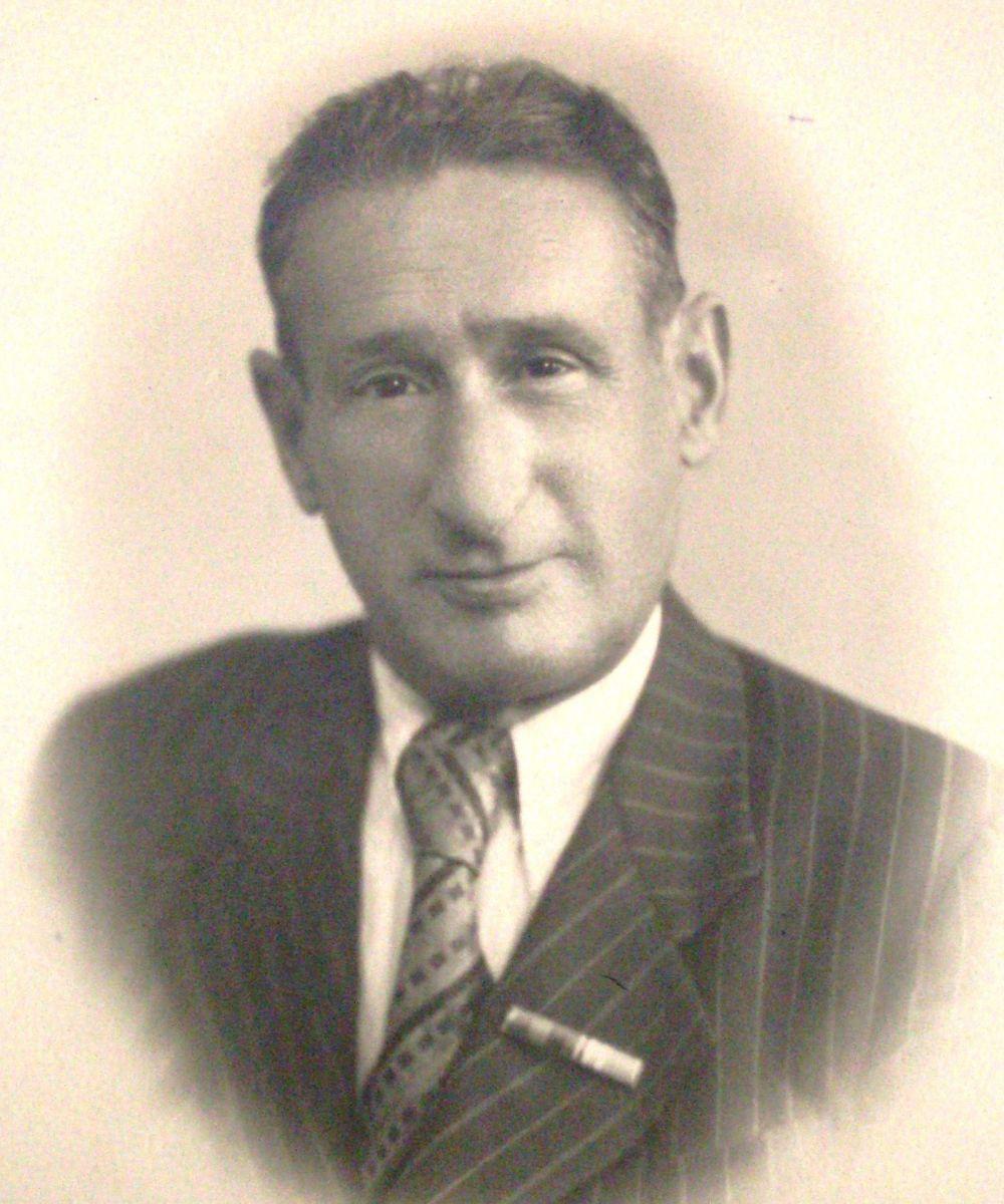 Редактор «Пролетария» Давид Ерде. Фото 1948 року