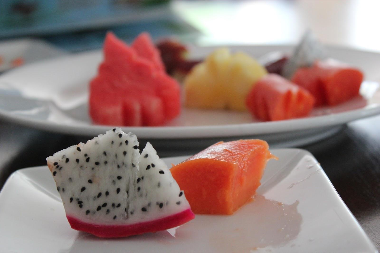 cut-dragon-fruit