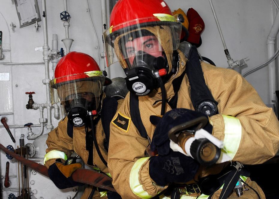 Mặt nạ phòng độc giúp bảo vệ con người trong môi trường nguy hiểm