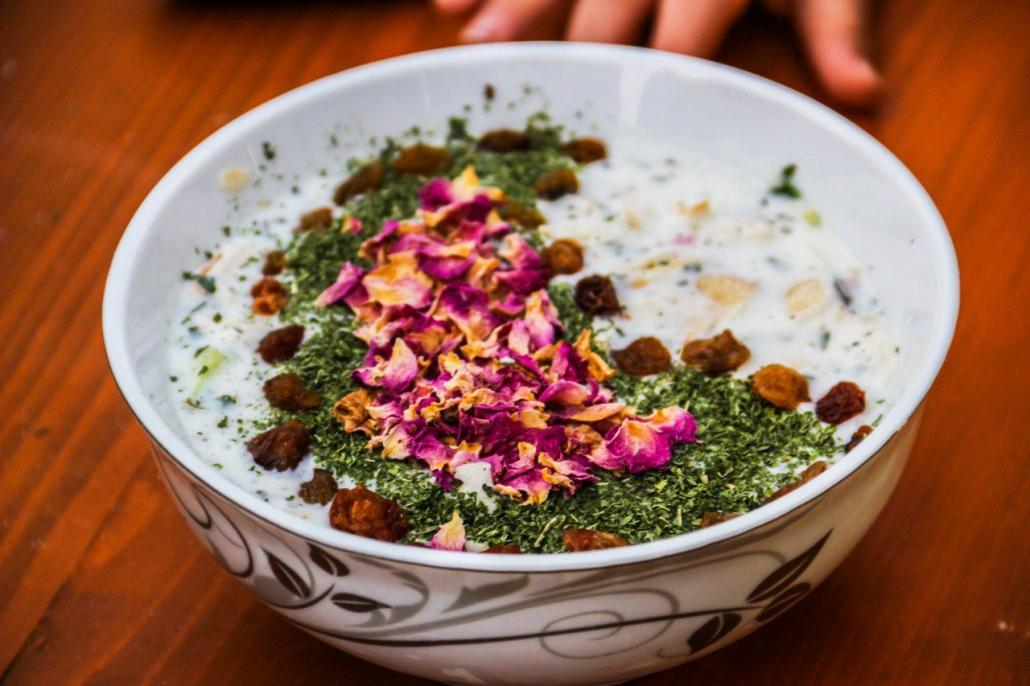 طرز تهیه آب دوغ خیار خوشمزه برای روزهای گرم سال