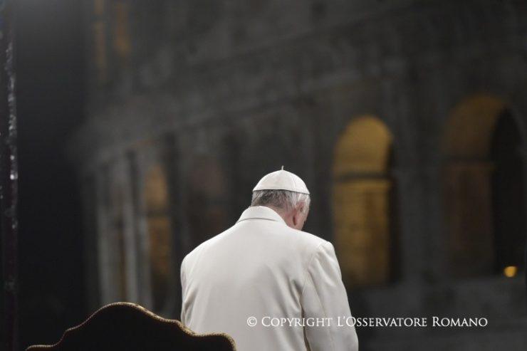 """Tòa Thánh đưa ra những thỉnh cầu """"khẩn cấp"""" cho Venezuela để tránh bạo lực, bảo đảm được các quyền"""