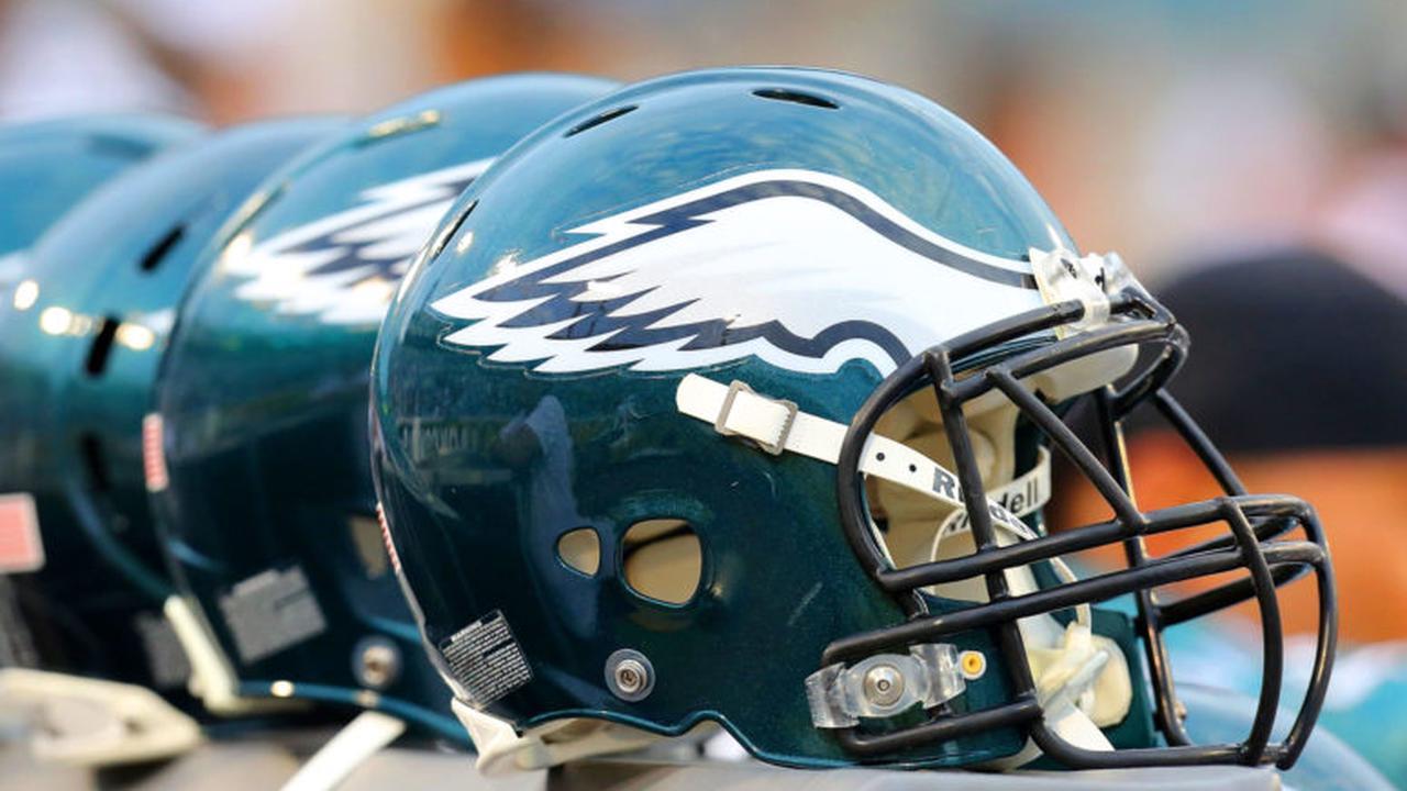 Bạn có thể thấy hình ảnh đại bàng xuất hiện trên đồ dùng của Philadelphia Eagles