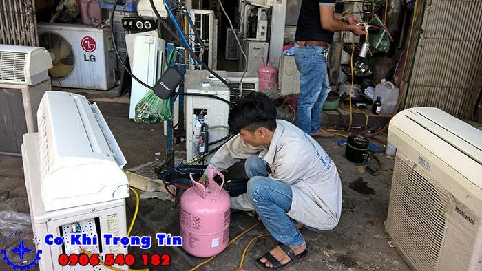 Gia công cơ khí tiện CNC là gì?