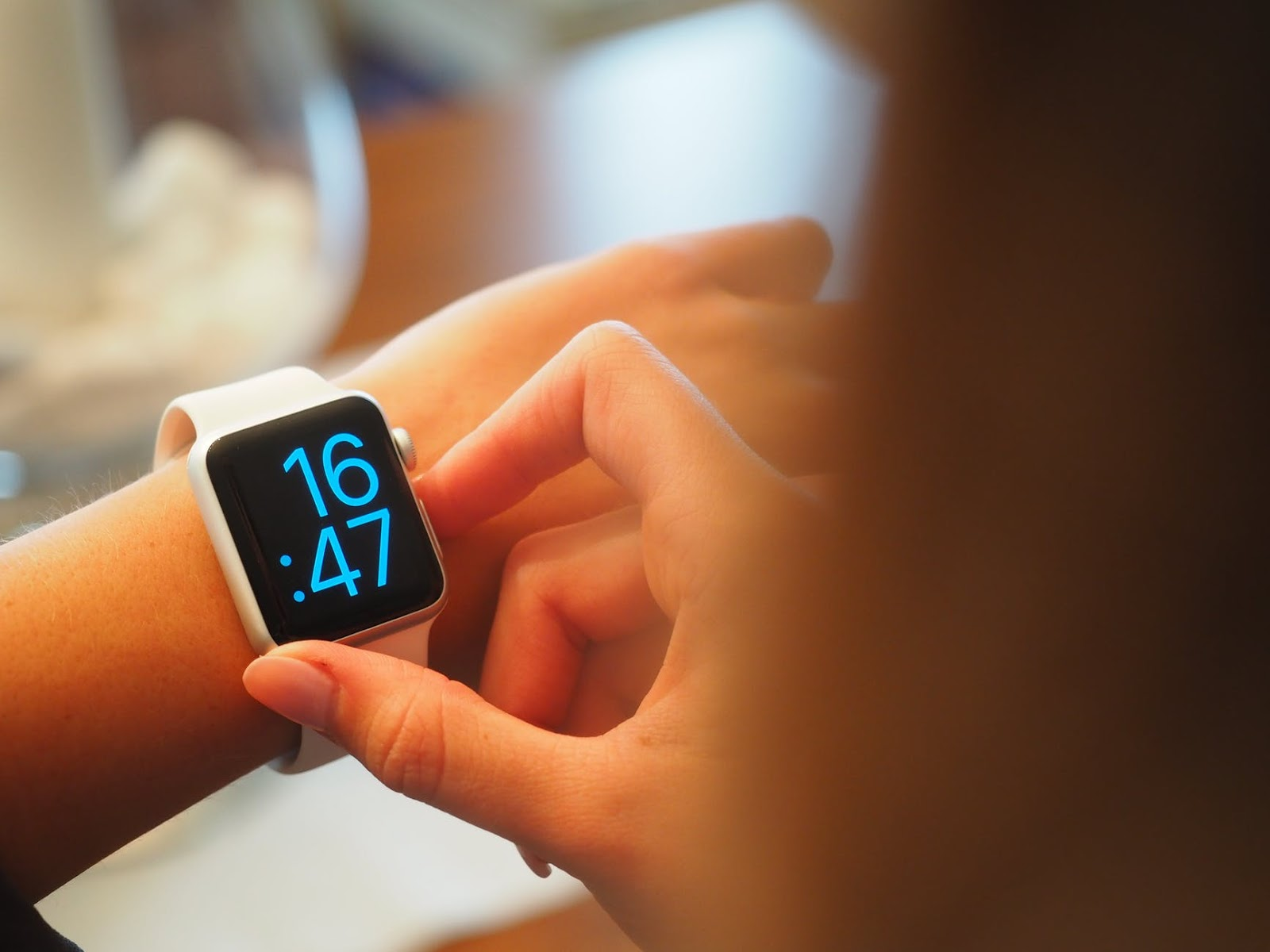 on,in,at dùng để chỉ thời gian | ELSA Speak