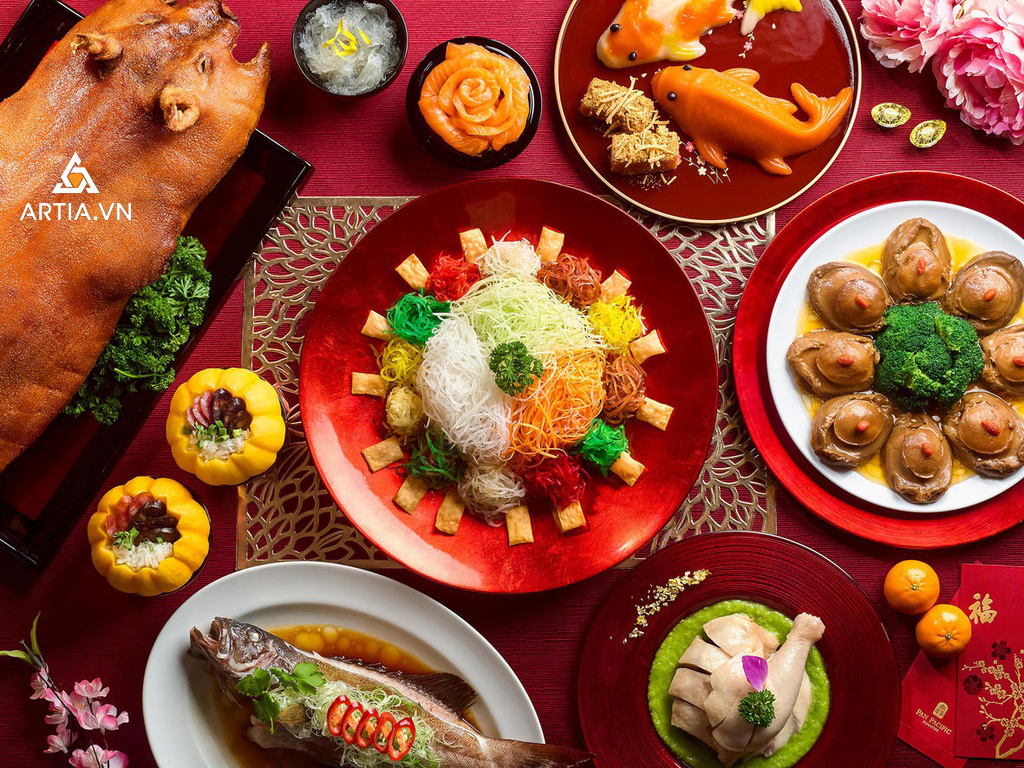 Chụp ảnh món ăn với trang trí đẹp mắt sẽ giúp bộ ảnh thu hút hơn
