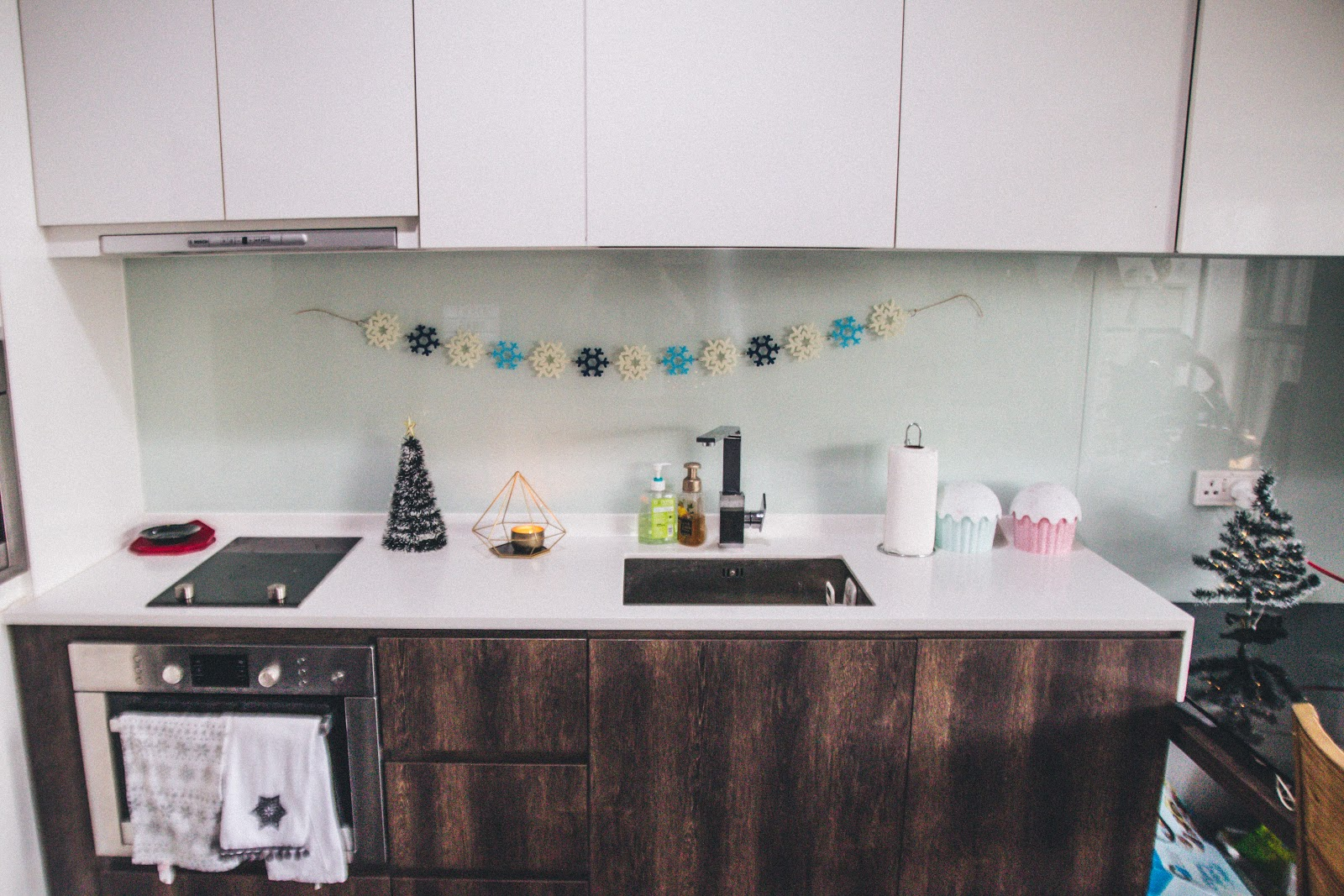How I Decorated My Flat For Christmas In Singapore 2017