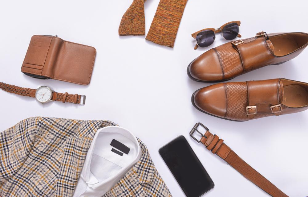 4 Fashion Accessories That Every Man Should Own
