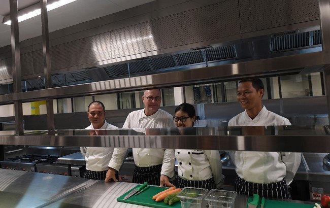 Đầu bếp được chọn lọc từ các khách sạn trong hệ thống Marriott