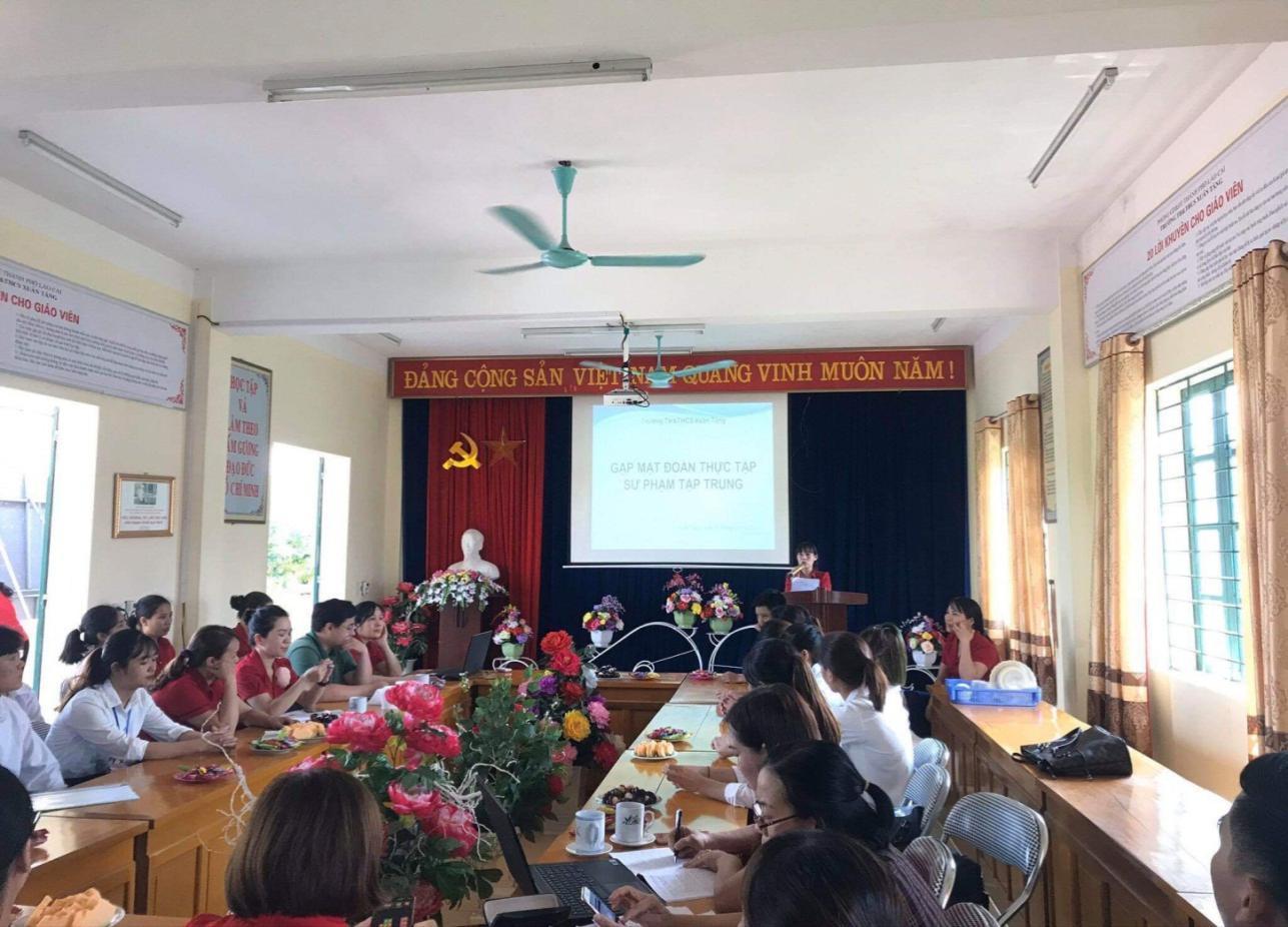Thực tập sư phạm – Học phần bổ ích đối với sinh viên Khoa Cao đẳng Sư phạm - Phân hiệu Đại học Thái Nguyên tại tỉnh Lào Cai