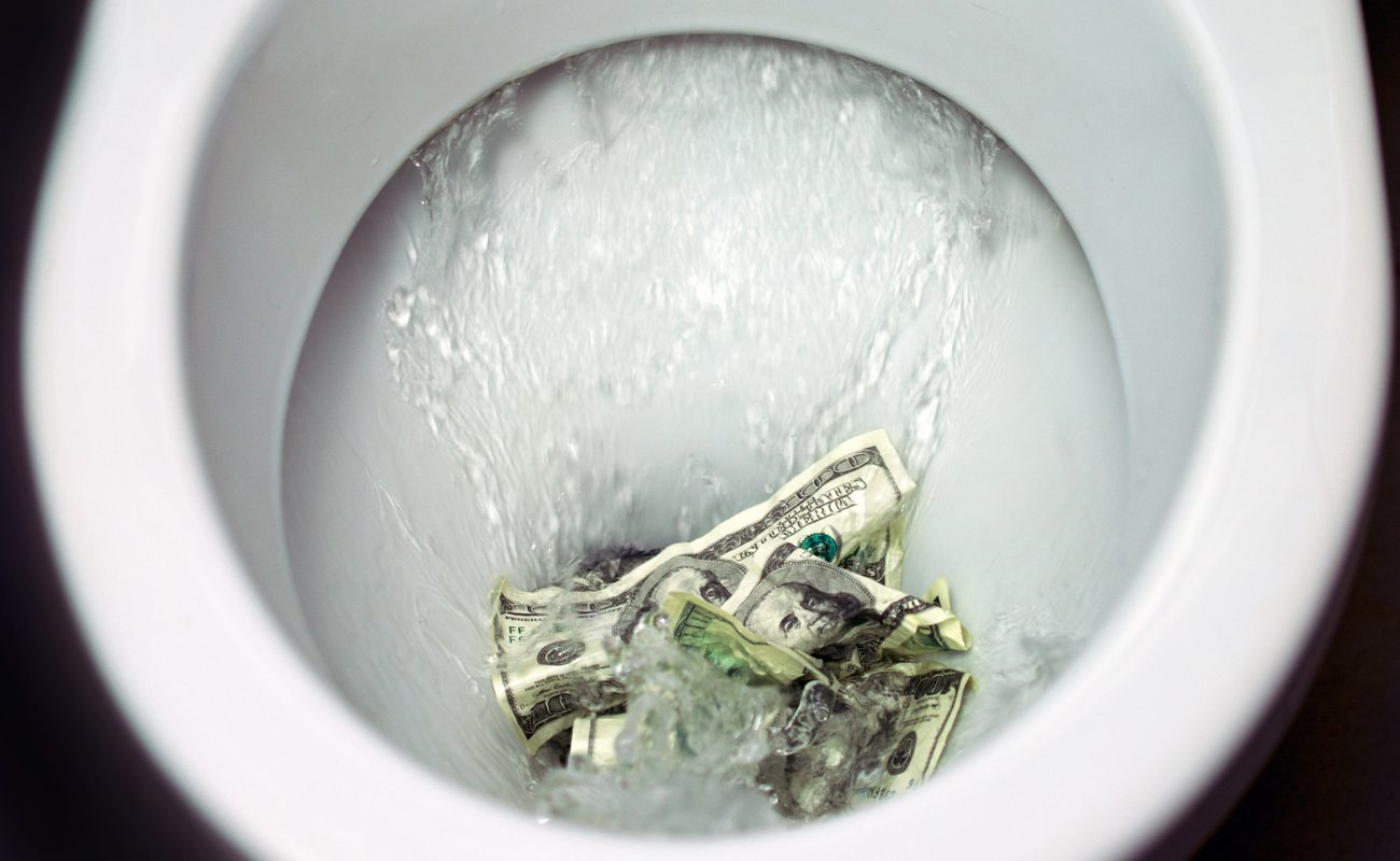 Money noted being flushed down the toilet