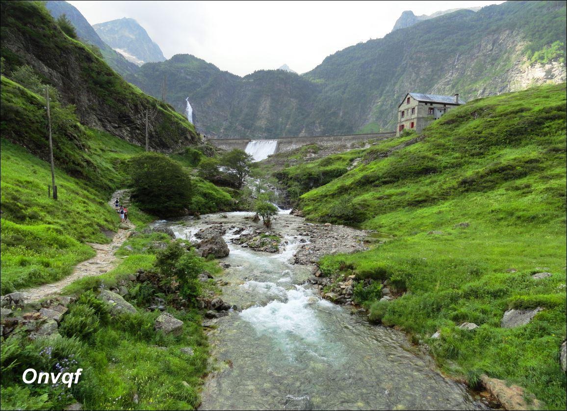 Randonnée aux lacs d'Oo, Espingo et Saussat depuis les granges d'Astau (23).JPG