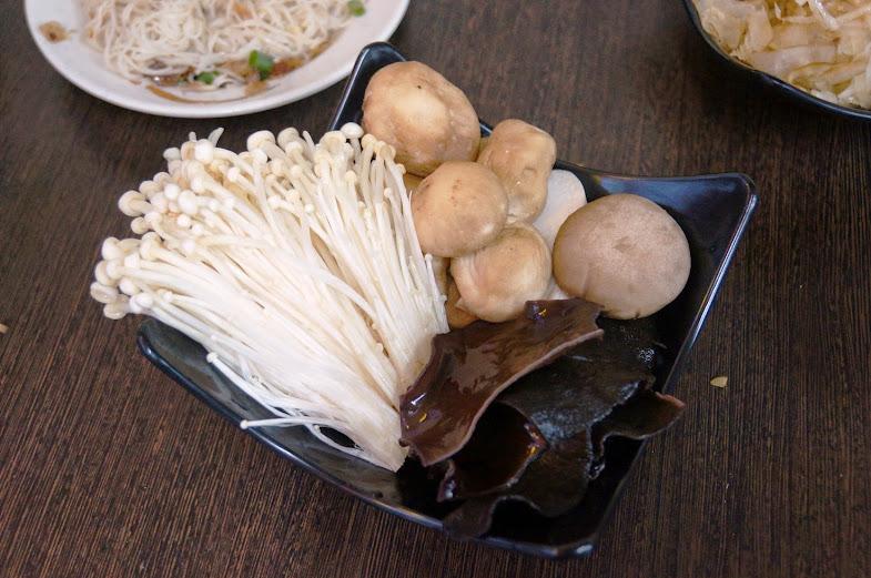 新竹美食推薦-竹北碳火羊肉爐【ㄚ祥薑母鴨】(近新竹高鐵站)