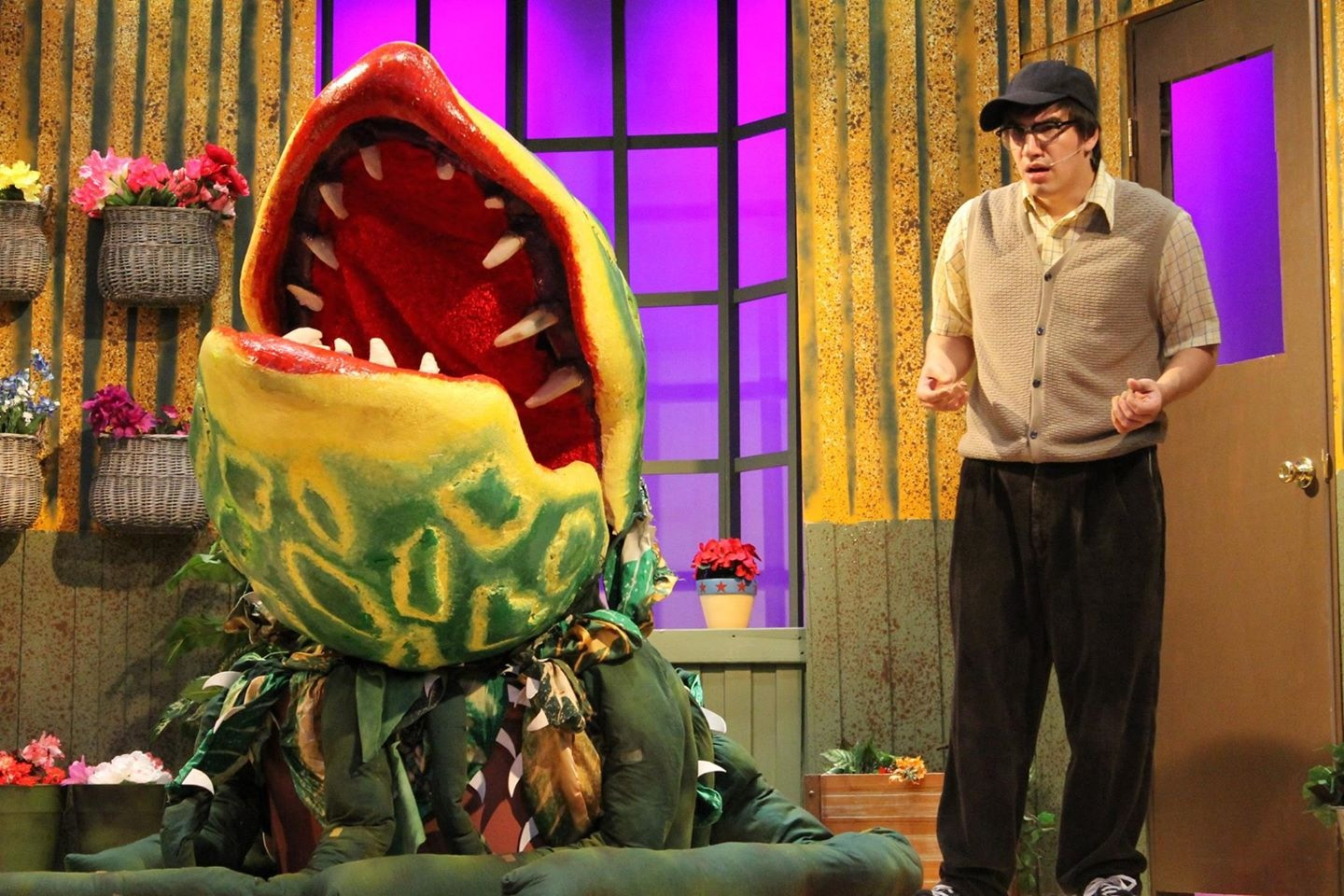 BWW Reviews: Inspiration Stage's LITTLE SHOP OF HORRORS is a Bloody, Good Show