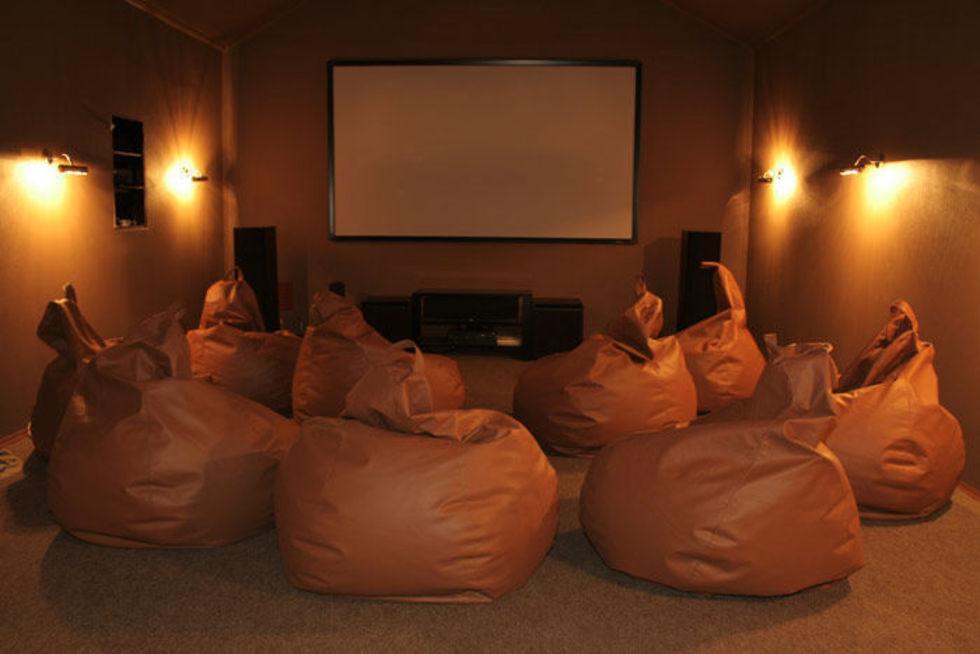 Детский кинотеатр дома: как организовать