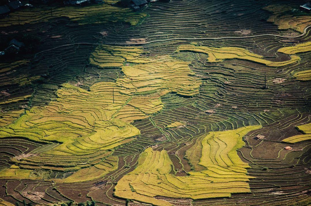 """mLsWT3sawgvUe4IKifLhS4NiTdWHa7BxkwpC1xAEVwdGGDvY7ism6TdOHik6jtIRQdaUKqMiOMVzF8LMVuowOTfEcxFeFe6QrU6nN8n5ad43Z1FC3tO2IWhvW76GCMEkbwN2JawZ - Khám phá bản Hang Đá - """"Bản làng trong mây"""" có view ngắm trọn thung lũng Mường Hoa tại Sapa"""