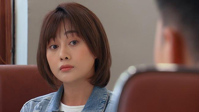 Loạt biểu cảm dễ thương của Phương Oanh trong Hương vị tình thân | VTV.VN