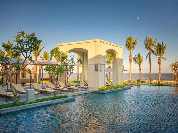 Bể bơi khu FLC Luxury Resort Sầm Sơn 03